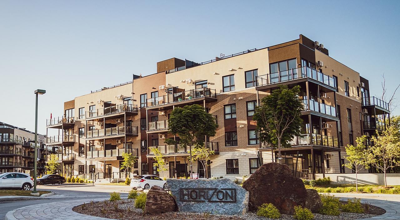 Construire un pool house comment poser un abri de jardin for Construire votre propre immeuble